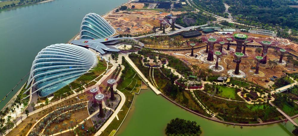 Modernster botanischer garten singapurs gardens by the for Imagenes de jardines exoticos